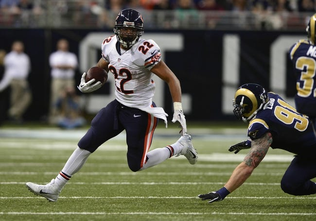 Nov 24, 2013; St. Louis, MO, USA; Chicago Bears running back Matt Forte (22) carries the ball against the St. Louis Rams during the second half at the Edward Jones Dome. St. Louis defeated Chicago 42-21. Mandatory Credit: Jeff Curry-USA TODAY Sports