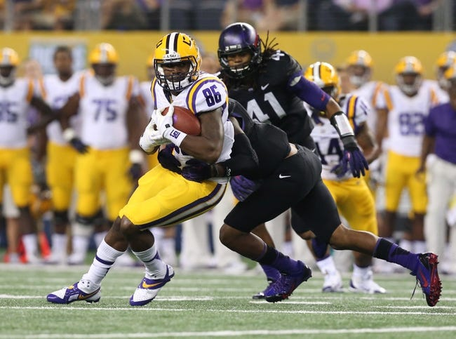 Aug 31, 2013; Arlington, TX, USA; LSU Tigers receiver Kadron Boone (86) makes a catch against the Texas Christian Horned Frogs at AT&T Stadium. Mandatory Credit: Matthew Emmons-USA TODAY Sports