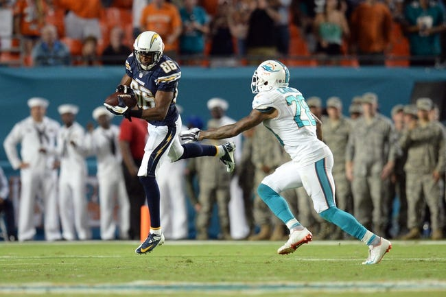 Nov 17, 2013; Miami Gardens, FL, USA; San Diego Chargers wide receiver Vincent Brown (86) makes a catch against the Miami Dolphins at Sun Life Stadium. The Dolphins won the game 20-16. Mandatory Credit: Joe Camporeale-USA TODAY Sports