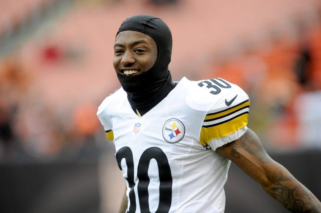 Nov 24, 2013; Cleveland, OH, USA; Pittsburgh Steelers defensive back DeMarcus Van Dyke (30) before the game between the Cleveland Browns and the Pittsburgh Steelers at FirstEnergy Stadium. Mandatory Credit: Ken Blaze-USA TODAY Sports