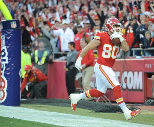 Dec 1, 2013; Kansas City, MO, USA; Kansas City Chiefs tight end Anthony Fasano (80) runs in for a touchdown during the first half of the game against the Denver Broncos at Arrowhead Stadium. Denver won 35-28. Mandatory Credit: Denny Medley-USA TODAY Sports