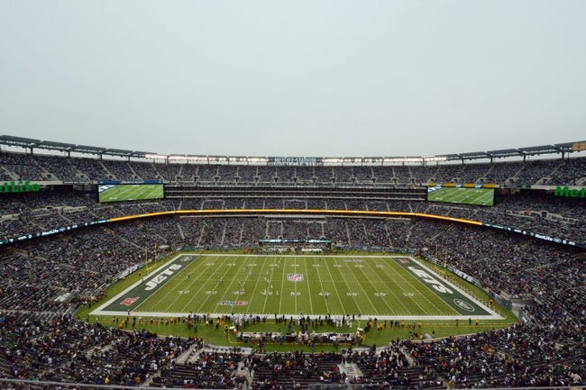 Dec 8, 2013; East Rutherford, NJ, USA; General view of MetLife Stadium during the opening kickoff of the NFL game between the Oakland Raiders and the New York Jets. Mandatory Credit: Kirby Lee-USA TODAY Sports