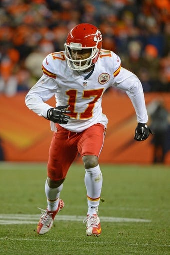 November 17, 2013; Denver, CO, USA; Kansas City Chiefs wide receiver Donnie Avery (17) runs a route during the fourth quarter against the Denver Broncos at Sports Authority Field at Mile High. The Broncos defeated the Chiefs 27-17. Mandatory Credit: Kyle Terada-USA TODAY Sports