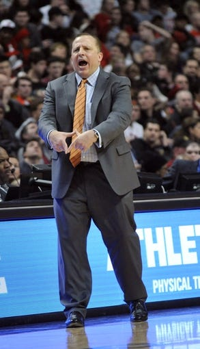 Dec 21, 2013; Chicago, IL, USA; Chicago Bulls head coach Tom Thibodeau coaches against the Cleveland Cavaliers during the second half at the United Center. T'he Chicago Bulls defeated the Cleveland Cavaliers 100-84. Mandatory Credit: David Banks-USA TODAY Sports