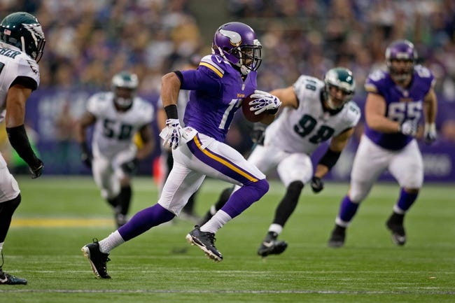 Dec 15, 2013; Minneapolis, MN, USA; Minnesota Vikings wide receiver Jarius Wright (17) catches a pass against the Philadelphia Eagles in the third quarter at Mall of America Field at H.H.H. Metrodome. The Vikings win 48-30. Mandatory Credit: Bruce Kluckhohn-USA TODAY Sports