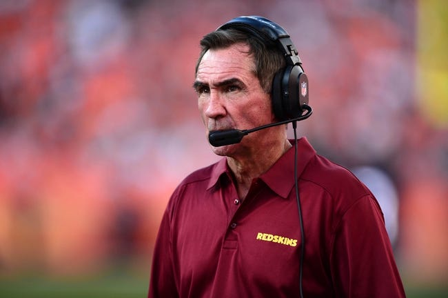 Oct 27, 2013; Denver, CO, USA; Washington Redskins head coach Mike Shanahan on the sidelines in the fourth quarter against the Denver Broncos at Sports Authority Field at Mile High. Mandatory Credit: Ron Chenoy-USA TODAY Sports