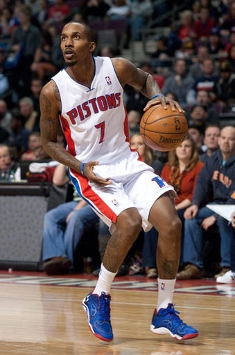 Dec 30, 2013; Auburn Hills, MI, USA; Detroit Pistons point guard Brandon Jennings (7) during the first quarter against the Washington Wizards at The Palace of Auburn Hills. Mandatory Credit: Tim Fuller-USA TODAY Sports