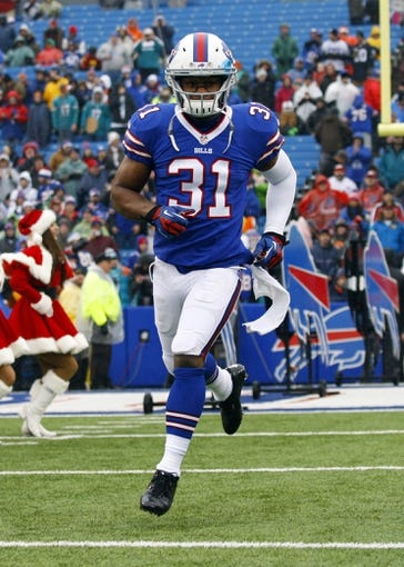 Dec 22, 2013; Orchard Park, NY, USA; Buffalo Bills free safety Jairus Byrd (31) takes to the field before a game against the Miami Dolphins at Ralph Wilson Stadium. Mandatory Credit: Timothy T. Ludwig-USA TODAY Sports