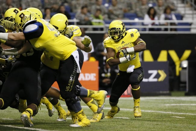 Jan 4, 2014; San Antonio, TX, USA; West running back Joe Mixon (28) runs the ball for a touchdown during U.S. Army All-American Bowl high school football game at the Alamodome. Mandatory Credit: Soobum Im-USA TODAY Sports