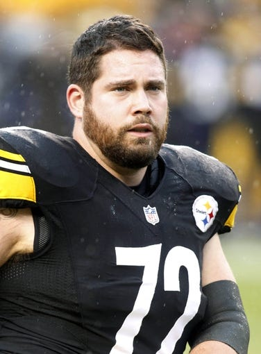 Dec 29, 2013; Pittsburgh, PA, USA; Pittsburgh Steelers center Cody Wallace (72) on the field before playing the Cleveland Browns at Heinz Field. The Steelers won 20-7. Mandatory Credit: Charles LeClaire-USA TODAY Sports