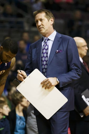 Jan 11, 2014; Auburn Hills, MI, USA; Phoenix Suns head coach Jeff Hornacek reacts in the first half against the Detroit Pistons at The Palace of Auburn Hills. Mandatory Credit: Rick Osentoski-USA TODAY Sports