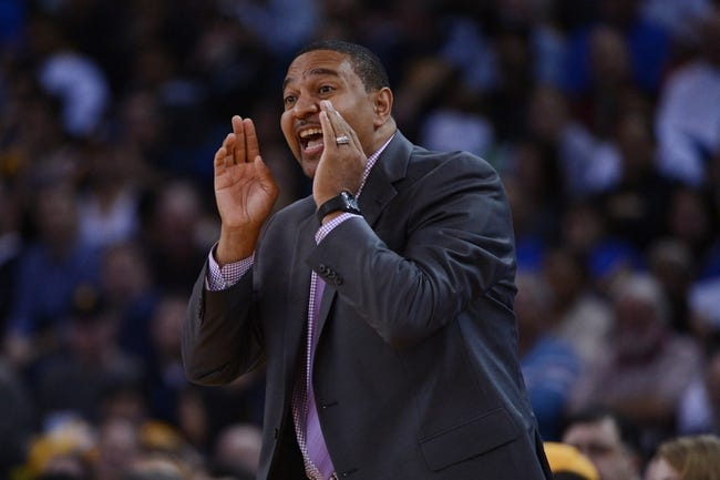 November 20, 2013; Oakland, CA, USA; Golden State Warriors head coach Mark Jackson instructs during the fourth quarter against the Memphis Grizzlies at Oracle Arena. The Grizzlies defeated the Warriors 88-81 in overtime. Mandatory Credit: Kyle Terada-USA TODAY Sports