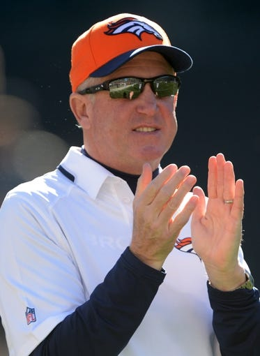 Dec 29, 2013; Oakland, CA, USA; Denver Broncos coach John Fox before the game against the Oakland Raiders at O.co Coliseum. Mandatory Credit: Kirby Lee-USA TODAY Sports