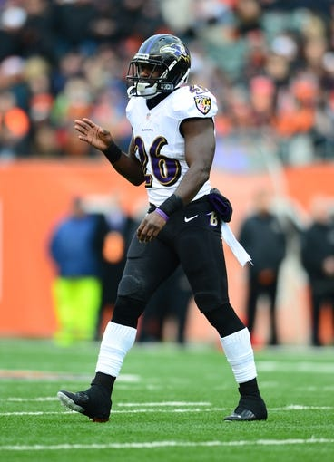Dec 29, 2013; Cincinnati, OH, USA; Baltimore Ravens free safety Matt Elam (26) against the Cincinnati Bengals at Paul Brown Stadium. Bengals defeated the Ravens 34-17. Mandatory Credit: Andrew Weber-USA TODAY Sports