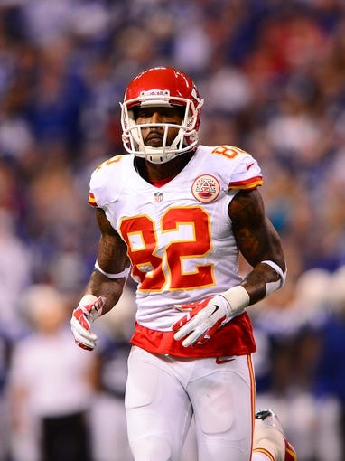 Jan 4, 2014; Indianapolis, IN, USA; Kansas City Chiefs wide receiver Dwayne Bowe (82) during the 2013 AFC wild card playoff football game against the Indianapolis Colts at Lucas Oil Stadium. Mandatory Credit: Andrew Weber-USA TODAY Sports