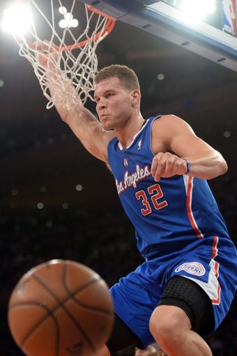 Jan 17, 2014; New York, NY, USA; Los Angeles Clippers power forward Blake Griffin (32) dunks against the New York Knicks during the first half at Madison Square Garden. The Los Angeles Clippers won 109-94. Mandatory Credit: Joe Camporeale-USA TODAY Sports