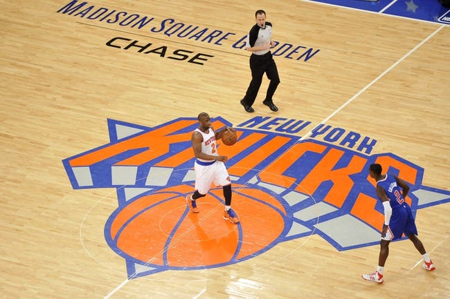 Jan 17, 2014; New York, NY, USA; Los Angeles Clippers point guard Darren Collison (2) guards New York Knicks point guard Raymond Felton (2) during the second half at Madison Square Garden. The Los Angeles Clippers won 109-94. Mandatory Credit: Joe Camporeale-USA TODAY Sports