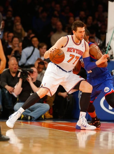Jan 22, 2014; New York, NY, USA;  New York Knicks center Andrea Bargnani (77) works the baseline against the Philadelphia 76ers at Madison Square Garden. Mandatory Credit: Jim O'Connor-USA TODAY Sports