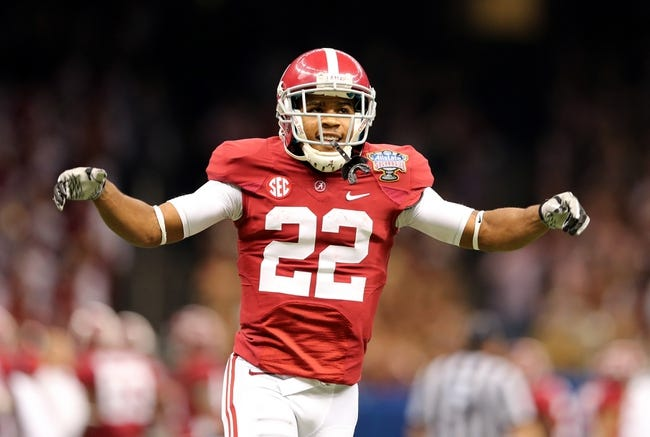 Jan 2, 2014; New Orleans, LA, USA; Alabama Crimson Tide wide receiver Christion Jones (22) gets ready to field a kick against the Oklahoma Sooners during the second half of the Sugar Bowl at the Mercedes-Benz Superdome. Mandatory Credit: Chuck Cook-USA TODAY Sports