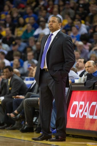 Mar 7, 2014; Oakland, CA, USA; Golden State Warriors head coach Mark Jackson on the sideline against the Atlanta Hawks during the second quarter at Oracle Arena. Mandatory Credit: Kelley L Cox-USA TODAY Sports