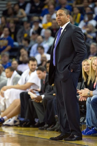 Mar 7, 2014; Oakland, CA, USA; Golden State Warriors head coach Mark Jackson on the sideline during the fourth quarter against the Atlanta Hawks at Oracle Arena. The Golden State Warriors defeated the Atlanta Hawks 111-97. Mandatory Credit: Kelley L Cox-USA TODAY Sports