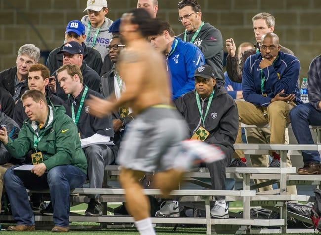 Mar 20, 2014; Notre Dame, IN, USA; Notre Dame Fighting Irish former football player Kona Schwenke runs sprints during Notre Dame pro day at the Guglielmino Athletics Complex. Mandatory Credit: Matt Cashore-USA TODAY Sports