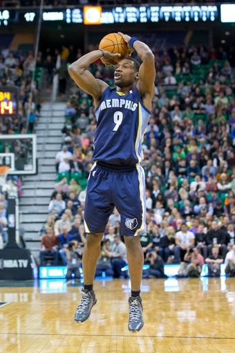 Mar 26, 2014; Salt Lake City, UT, USA; Memphis Grizzlies guard Tony Allen (9) shoots during the first half against the Utah Jazz at EnergySolutions Arena. Mandatory Credit: Russ Isabella-USA TODAY Sports