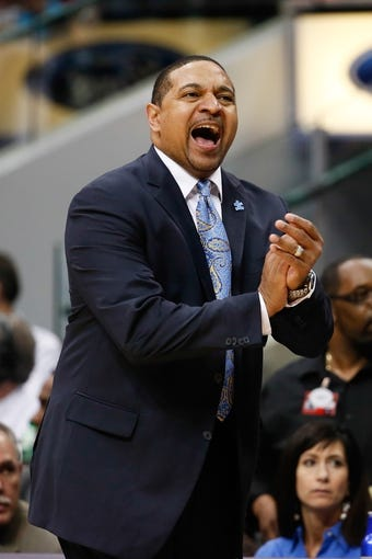 Apr 1, 2014; Dallas, TX, USA; Golden State Warriors head coach Mark Jackson reacts during the game against the Dallas Mavericks at American Airlines Center. Golden State won 122-120. Mandatory Credit: Kevin Jairaj-USA TODAY Sports