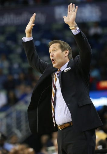 Apr 9, 2014; New Orleans, LA, USA; Phoenix Suns head coach Jeff Hornacek yells from the sidelines in the second half against the New Orleans Pelicans at the Smoothie King Center. The Suns won 94-88. Mandatory Credit: Crystal LoGiudice-USA TODAY Sports