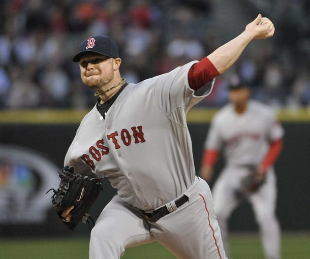 Apr 17, 2014; Chicago, IL, USA; Boston Red Sox starting pitcher Jon Lester (31) pitches against the Chicago White Sox during the first inning at U.S Cellular Field. Mandatory Credit: David Banks-USA TODAY Sports