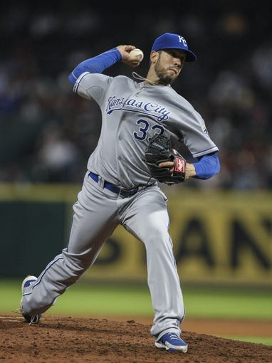 Apr 17, 2014; Houston, TX, USA; Kansas City Royals starting pitcher James Shields (33) delivers a pitch during the fourth inning against the Houston Astros at Minute Maid Park. Mandatory Credit: Troy Taormina-USA TODAY Sports