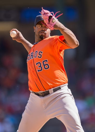 Apr 13, 2014; Arlington, TX, USA; Houston Astros starting pitcher Jerome Williams (36) during the game against the Texas Rangers at Globe Life Park in Arlington. The Rangers defeated the Astros 1-0. Mandatory Credit: Jerome Miron-USA TODAY Sports