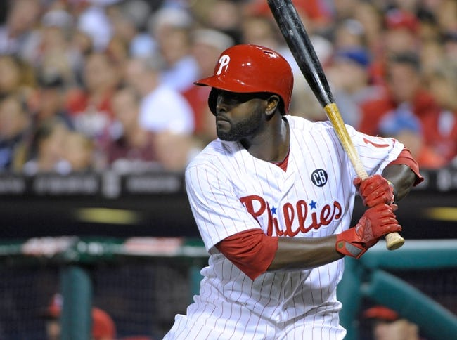 Apr 14, 2014; Philadelphia, PA, USA; Philadelphia Phillies center fielder Tony Gwynn (19) waits on deck against the Atlanta Braves at Citizens Bank Park. The Braves defeated the Phillies, 9-6. Mandatory Credit: Eric Hartline-USA TODAY Sports