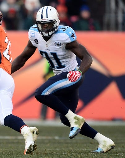 Dec 8, 2013; Denver, CO, USA; Tennessee Titans strong safety Bernard Pollard (31) during a game against the Denver Broncos in the second quarter at Sports Authority Field at Mile High. Mandatory Credit: Ron Chenoy-USA TODAY Sports