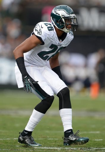 Nov 3, 2013; Oakland, CA, USA; Philadelphia Eagles cornerback Cary Williams (26) during the game against the Oakland Raiders at O.co Coliseum. The Eagles defeated the Raiders 49-20. Mandatory Credit: Kirby Lee-USA TODAY Sports