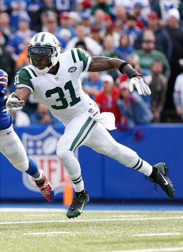 Nov 17, 2013; Orchard Park, NY, USA; Buffalo Bills wide receiver and New York Jets cornerback Antonio Cromartie (31) during the first half at Ralph Wilson Stadium. Mandatory Credit: Kevin Hoffman-USA TODAY Sports