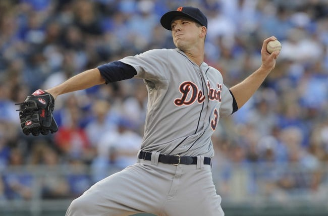 May 3, 2014; Kansas City, MO, USA; Detroit Tigers starting pitcher Drew Smyly (33) delivers a pitch against the Kansas City Royals in the first inning at Kauffman Stadium. Mandatory Credit: John Rieger-USA TODAY Sports