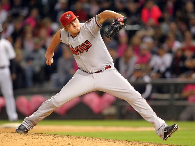 May 10, 2014; Chicago, IL, USA; Arizona Diamondbacks relief pitcher Addison Reed (43) delivers a pitch during the ninth inning against the Chicago White Sox at U.S Cellular Field. Arizona won 4-3. Mandatory Credit: Dennis Wierzbicki-USA TODAY Sports