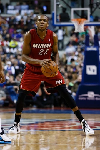 Mar 28, 2014; Auburn Hills, MI, USA; Miami Heat forward James Jones (22) dribbles against the Detroit Pistons at The Palace of Auburn Hills. Mandatory Credit: Rick Osentoski-USA TODAY Sports