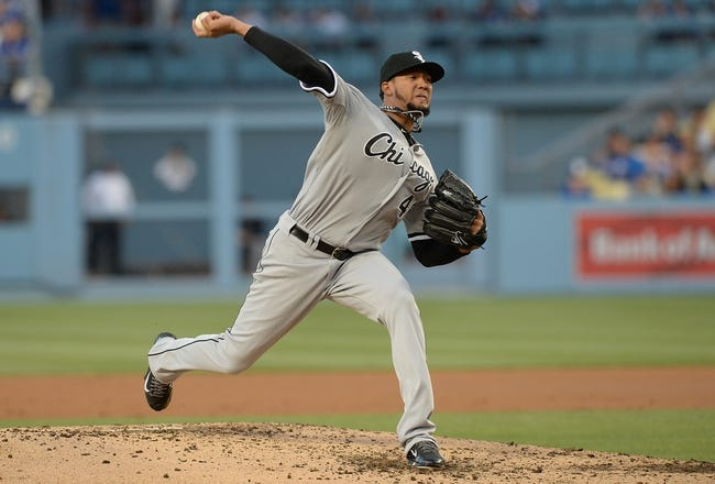 Jun 3, 2014; Los Angeles, CA, USA; Chicago White Sox starting pitcher Hector Noesi (48) in the second inning of the game against the Los Angeles Dodgers at Dodger Stadium. Mandatory Credit: Jayne Kamin-Oncea-USA TODAY Sports