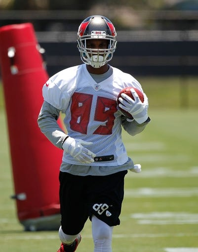 Jun 10, 2014; Tampa Bay, FL, USA;  Tampa Bay Buccaneers wide receiver Russell Shepard (89) works out for mini camp at One Buccaneer Place. Mandatory Credit: Kim Klement-USA TODAY Sports