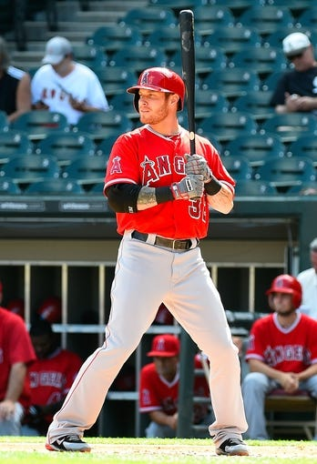 Jul 1, 2014; Chicago, IL, USA; Los Angeles Angels left fielder Josh Hamilton (32) during the first inning at U.S Cellular Field. Mandatory Credit: Mike DiNovo-USA TODAY Sports