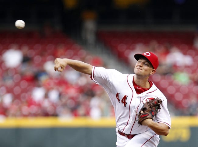 Aug 8, 2014; Cincinnati, OH, USA; Cincinnati Reds starting pitcher Mike Leake (44) pitches during the third inning against the Miami Marlins at Great American Ball Park. Mandatory Credit: Frank Victores-USA TODAY Sports