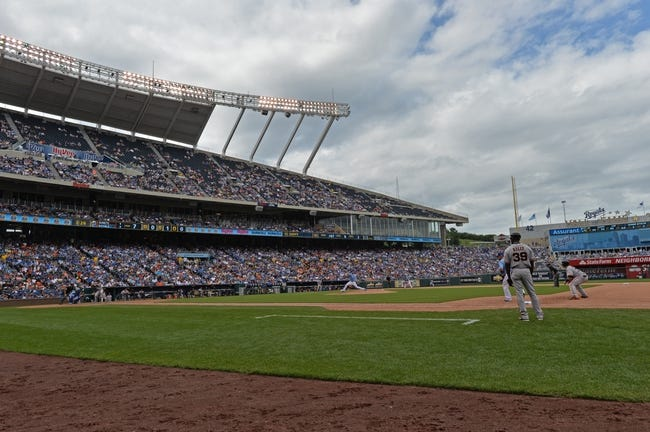 Aug 10, 2014; Kansas City, MO, USA; Kansas City Royals pitcher Danny Duffy (41) delivers a pitch against the San Francisco Giants during the seventh inning at Kauffman Stadium. Kansas City defeated San Francisco 7-4. Mandatory Credit: Peter G. Aiken-USA TODAY Sports