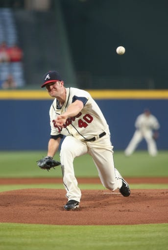 Aug 10, 2014; Atlanta, GA, USA; Atlanta Braves starting pitcher Alex Wood (40) delivers a pitch to a Washington Nationals batter in the first inning of their game at Turner Field. The Braves won 3-1. Mandatory Credit: Jason Getz-USA TODAY Sports