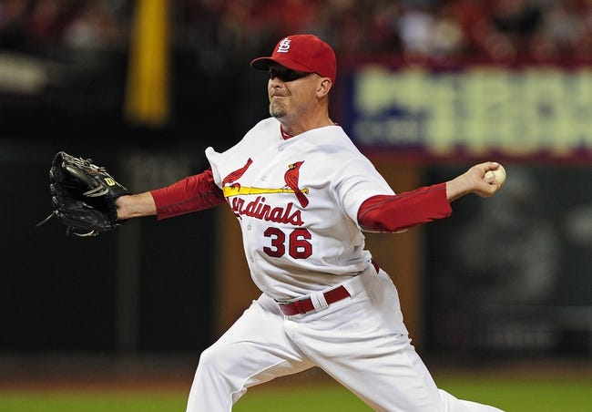 Aug 19, 2014; St. Louis, MO, USA; St. Louis Cardinals relief pitcher Randy Choate (36) throws to a Cincinnati Reds batter during the seventh inning at Busch Stadium. Mandatory Credit: Jeff Curry-USA TODAY Sports