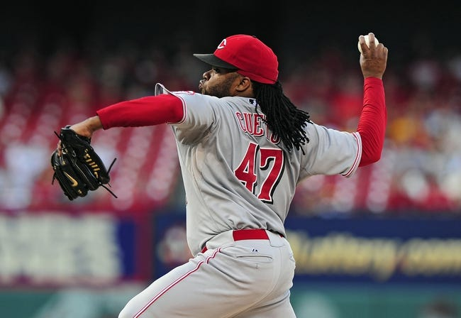 Aug 20, 2014; St. Louis, MO, USA; Cincinnati Reds starting pitcher Johnny Cueto (47) throws to a St. Louis Cardinals batter during the first inning at Busch Stadium. Mandatory Credit: Jeff Curry-USA TODAY Sports