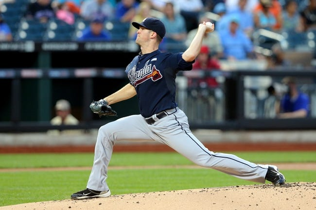 Aug 26, 2014; New York, NY, USA; Atlanta Braves starting pitcher Alex Wood (40) pitches against the New York Mets during the first inning of a game at Citi Field. Mandatory Credit: Brad Penner-USA TODAY Sports