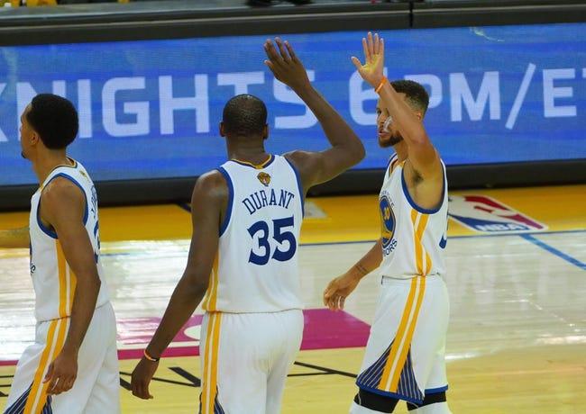 Warriors' Durant laughs off Rihanna question