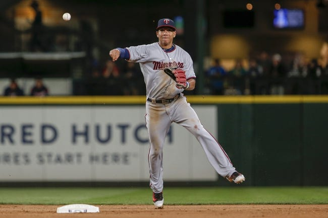 Twins collect a franchise-record 28 hits against Mariners